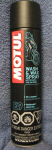 Motul Wash and Wax Spray Cleaner -Black