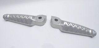 OEM-Aprilia-Rear-Footpeg-Pair-AP8146861