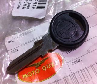 Jackal Gun//Schwarz Stone Lenkergriffe Moto Guzzi California 1,2,3