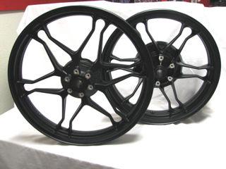 OEM-Moto-Guzzi-Wheel-Set-for-V7s