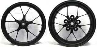 Aprilia-Accessory-Forged-Aluminum-Wheels-Black