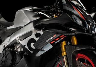 Aprilia-Carbon-Winglet-Kit-for-RSV4s-2S001368