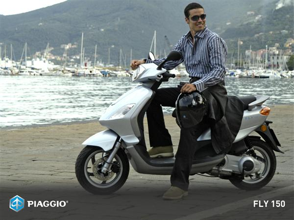 2009 Piaggio FLY 150 Picture Wallpaper